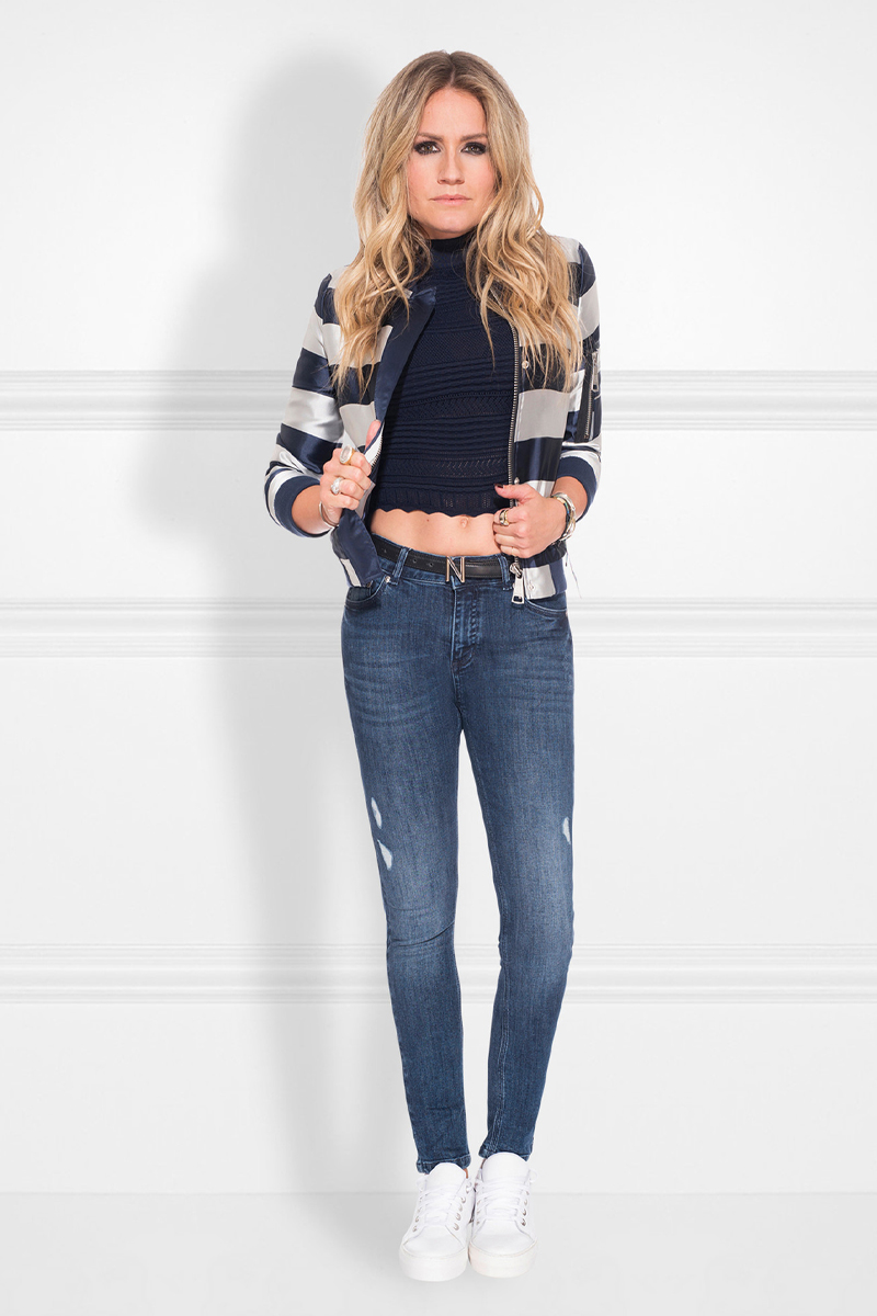 NIKKIE kleding koop je bij DUO DUO Fashion in Hoevelaken